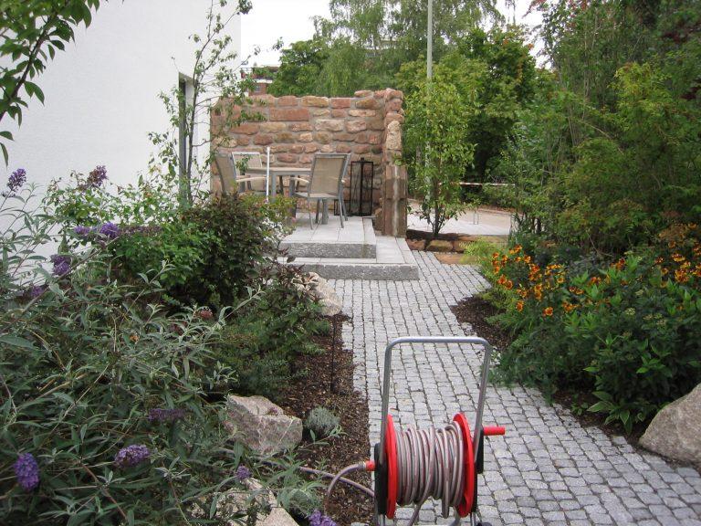 ein reihenhausgarten matthias lutz der garten. Black Bedroom Furniture Sets. Home Design Ideas